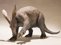 Aardvark Sculpture - Nick Mackman Animal Sculpture