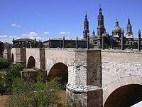 Zaragoza - Puente de Piedra.JPG