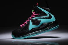 pretty nice b0cd4 46d16 Womens Lebron shoes 2013 Nike Lebron 10 Sex On South Beach Black Pink    if  only I had a girlfriend.