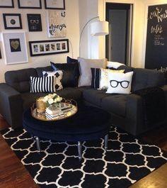 Yaşam alanlarınızı ufak dokunuşlarla eğlenceli hale getirmek için varız✨ Ölçü ve keşif için��05322322868 ✉️info@ebruakgun.com #mobilya#dekorasyon#fabric#kumas#mirror#ayna#duvarkagidi#wallpaper#decoration#mutfak#banyo#yatakodasi#giyinmedolabi#homedecor#dubai#luxuryhome#interior#dekoratör#kartonpiyer#aksesuar#home#art#architect#interiordesign#livingroom#mimari#tasarim http://turkrazzi.com/ipost/1523858250750264924/?code=BUl1QFcBIZc