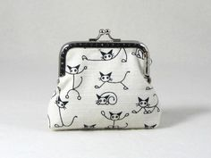 Cat coin purse, womens coin pouch, black and white pouch, stocking stuffer, kiss lock purse by JRsbags on Etsy