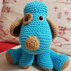 Psík je vyrobený z kvalitnej priadze. Veľkosť hračky je cca 20cm. Výplň hračky je mikrovlákno. Je vhodná aj pre najmenšie detičky. Dinosaur Stuffed Animal, Crochet Hats, Toys, Animals, Animales, Animaux, Gaming, Games, Animais