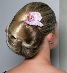 Love how the back of this bun looks, and could still add veil and/or headpiece to it.