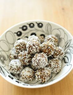 Scandi Foodie: Summer at the Arctic Circle + A Recipe for Coconut Balls