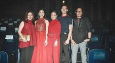 documentary's leading lady, Kisses Delavin not only dazzled during last night's premiere but also lead the apparent fashion trend of the evening! Tony Labrusca, All Smiles, Shades Of Red, Special Guest, Striped Tee, Style Guides, Bodice, Gowns, Chic