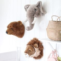 56 Quirky and Fun Children's Bedroom Decoration Ideas that You Can DIY Peluche Lion, Scandinavian Nursery, Toddler Pillow, Modern Kids, Animal Heads, Kids Store, Nursery Neutral, Baby Room Decor, Pattern Wallpaper