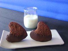 Corazones de chocolate y almendra