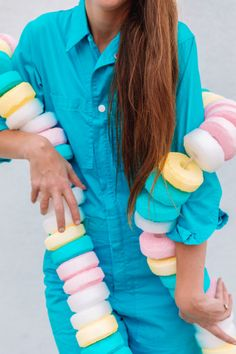 How To Make A Candy Necklace Costume (+ Sweet Tooth Couples Costume) | studiodiy.com Looks Halloween, Theme Halloween, Holidays Halloween, Halloween Diy, Halloween Costumes, Couple Costumes, Teen Costumes, Group Costumes, Woman Costumes
