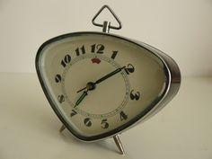 Vintage clock. Find similar ones at: http://www.antiquestovintage.com/