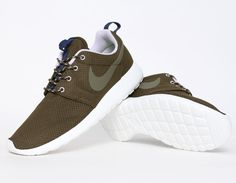 lowest price 062da 58cfe Nike RosheRun Khaki sneakers Classy Style, Mens Style, Nike Roshe Run