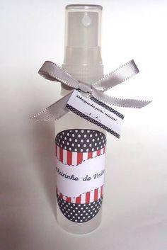Spray aromatizador de ambiente 30ml, aroma a escola do cliente, acompanha laço de cetim e tag,   Pedido Minimo: 20 Unidades.  sac.ceuazul@hotmail.com R$ 2,50