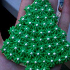 Decorating Christmas cookies :)