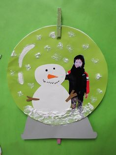 snowglobe craft...take a pic of student dressed in winter clothes and add to snow globe