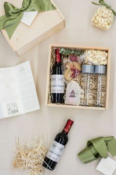 WEDDING WELCOME GIFTS// Wooden gift boxes filled with wine, treats, and weekend itinerary welcome guests to a luxurious wedding in Washington, D., curated by Marigold & Grey. Gold Wedding Favors, Wedding Gift Boxes, Wedding Gifts, Wedding Welcome Gifts, Gift Box Design, Curated Gift Boxes, Diy Gift Baskets, Wooden Gift Boxes, Guest Gifts