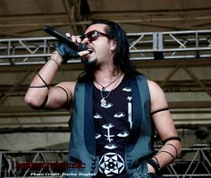 Pop Evil photoset: Welcome to Rockville (credit: Harley Hughes)