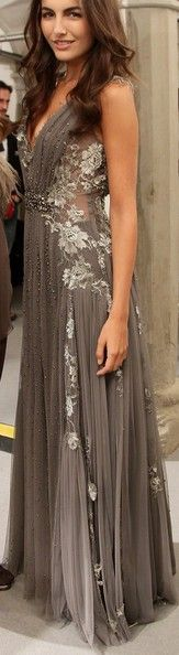 Grey gown - Alberta Ferretti Camilla Belle is Fabulous! Beautiful Gowns, Beautiful Outfits, Gorgeous Dress, Beautiful Clothes, Gorgeous Hair, Dead Gorgeous, Stunning Dresses, Pretty Clothes, Grey Gown