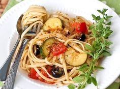 Yum... I'd Pinch That! | Zucchini Linguini