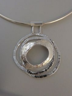 Silver pendant,Anita Braat-Hopstaken, Passions Jewellery Design #pingentes #pendants #pendientes