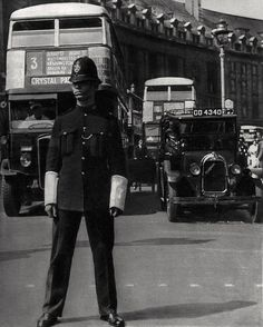 London police constable on Point Duty at Piccadilly Circus at the junction with Regent Street 1936 Photo: Bill Brandt