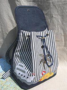 Начальные навыки шитья на швейной машинке - одно из обязательных условий участия (курс по начальным навыкам шитья будет обязательно!) Очень желательно и даже обязательно принести на мк свои любимые старые джинсы, которым вы хотите дать вторую жизнь. Главное - джинсы должны быть чистые, распоротые по всем швам и отглажены! Все остальные материалы - пряжки, стропа, молнии, джисовая и подкладочная ткань входят стоимость мастер-класса.