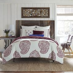Give your bedroom the sophistication it deserves with the Anthology Arianna Comforter Set. This bedding is decorated with a paisley print taken from an authentic carved Indian woodblock hand-printed for a soft and refined effect.