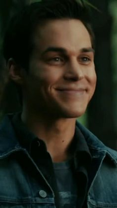 Chris Wood Vampire Diaries, Vampire Diaries Poster, Vampire Diaries Guys, Vampire Diaries Wallpaper, Vampire Diaries The Originals, Cute Celebrity Guys, Cute Celebrities, Estefan Salvatore, Kai Parker