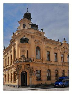 Městská knihovna - Tomkova ul. Notre Dame, Louvre, Building, Travel, Viajes, Buildings, Destinations, Traveling, Trips