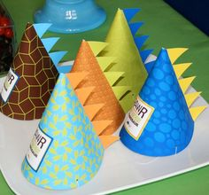 dino party hats - so cute for kids party . Dinosaur Train Party, Dinosaur Birthday Party, 4th Birthday Parties, 3rd Birthday, Birthday Hats, Birthday Ideas, Dinosaur Hat, Elmo Party, Mickey Party