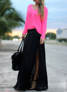 Maxi skirts look amazing on everyone! Check out what's trending in the streets of NYC this season at Duane Reade!