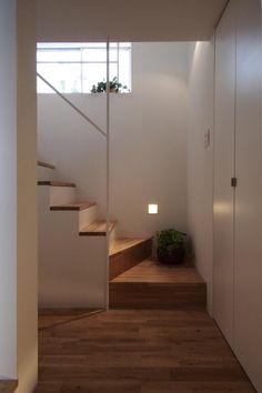 玄関(白金の家) - 玄関事例|SUVACO(スバコ)