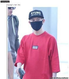 Park Kyungs hat ..... hahaha smh | Block B