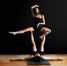acro yoga lovin