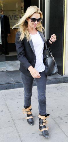 Kate Moss Winter Style, Autumn Winter Fashion, Moss Fashion, Kate Moss Style, Queen Kate, Tuxedo Jacket, April 13, Walk This Way, Boho Festival