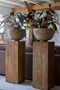 # Column # column Zuil Pillar column column looks due to .- Zuil Pillar Säulensäule sieht aufgrund des wiederverwen… Zuil Pillar pillar column looks characteristic due to the reused teak # driftwood # pillar # home accessories # - Home Office Design, Office Decor, House Design, Entryway Decor, Design Design, Design Ideas, Cheap Home Decor, Diy Home Decor, Decor Crafts