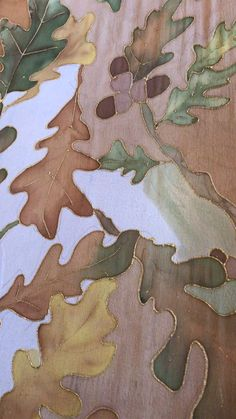 Hand Painted Autumn Leaves in Beige, Green and Gold Chiffon Silk Scarf Hand Painted Sarees, Hand Painted Fabric, Fabric Art, Fabric Colour Painting, Fabric Painting On Clothes, Painted Silk, Painted Leaves, Saree Painting, Silk Painting