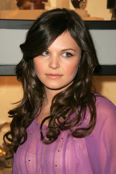 Round face like mine, long hair, I can get it to curl like this... maybe THESE bangs?