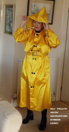 Latex Wear, Rubber Raincoats, Rain Wear, Satin, How To Wear, Jackets, Fashion, Rain, Down Jackets