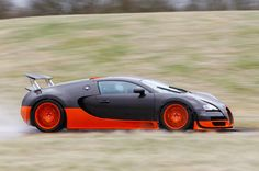 Even at more than 150mph, the Super Sport still accelerates hard