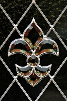 fleur-de-lis by Leo Reynolds, via Flickr ***NEED, WANT, MUST HAVE MANY, MANY THROUGHOUT MY HOME!***TMG/nm