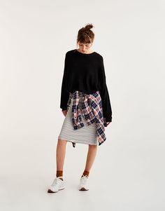Pull&Bear - mulher - vestuário - malha - camisola ombro caído - preto - 09557301-I2017