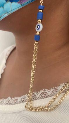 Cute Jewelry, Diy Jewelry, Beaded Jewelry, Handmade Jewelry, Fashion Jewelry Stores, Metal Clock, Eyeglass Holder, Beaded Rings, Fashion Face Mask