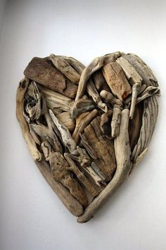 Driftwood heart by Yalos This gives me a great idea for all the shells and driftwood Ive collected