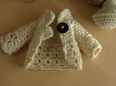 Lillian's crochet cardigan- the pattern