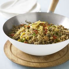 Easy fried rice recipe to make at home. This delicious recipe is packed with vegetables and the goodness of mushrooms Rice Recipes, Asian Recipes, Healthy Recipes, Risotto Dishes, Sauce For Rice, Flavored Rice, Savarin, Sweet Chilli Sauce, Rice