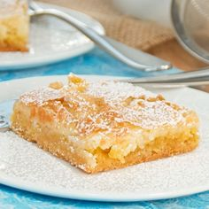 Gooey Butter Cake {Sweet Pea's Kitchen} - I make this frequently for different gatherings, and I always get compliments on it!
