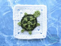 Maria's Blue Crayon: Sea Turtle Granny Square - Ocean Themed Granny Squ...