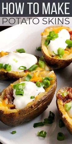 When it comes to football party finger food, there's nothing better than classic potato skins! This easy football food is a must at your next tailgate party or to make for your crew during the big game this season. #SundaySupper #potatoskins #easyrecipe #appetizerrecipe #appetizer #gameday #footballfood via @thesundaysupper Air Fryer Dinner Recipes, Easy Dinner Recipes, Easy Meals, Potatoe Skins Recipe, Potato Skins, Tasty Potato Recipes, Rice Recipes, Yummy Appetizers, Appetizer Recipes