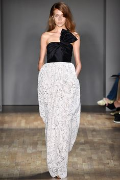 Jenny Packham (SS 2015) #NYFW #weddingguest #vestidodefiesta #vestidosinvitadas #tendenciasdebodas