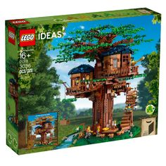 Detailed Tree House model to challenge LEGO® builders and inspire endless play! Lego Tree House, Cool Tree Houses, Building A Treehouse, Building Toys, Lego Sets, Boutique Lego, Ri Happy, 2 Kind, Lego Builder