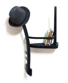 Confondere sedie per scaffali come Tess Hill